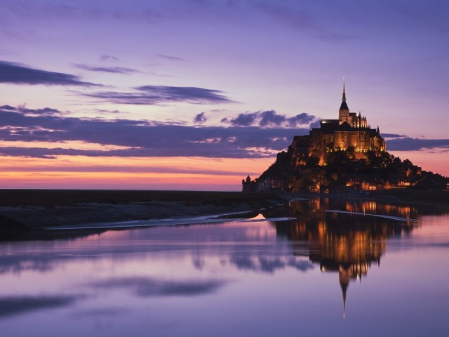 Mont Saint Michel Religious Wallpaper